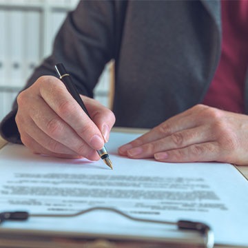 Individual signing a IT lease contract
